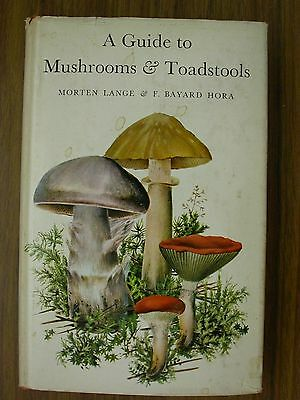 A Guide to Mushrooms and Toadstools by Morten Lange, Jakob E. Lange and F....