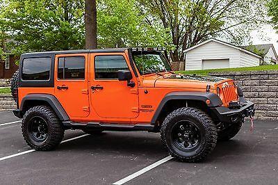 2012 Jeep Wrangler Sport Unlimited 2012 Jeep Wrangler Sport Unlimited. Fully Loaded, Low Miles