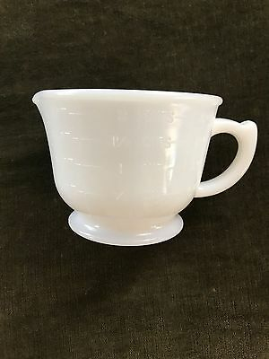 White Milk Glass Vintage Depression 2 Cup Measuring & Mixing Cup