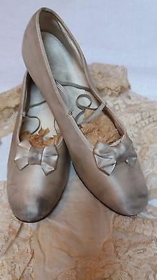 Antique Vintage Doll Childs Shoes Shabby Chic Display Ivory Satin Ballet