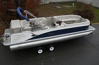25 Cruise Tahoe pontoon boat with 60 hp and trailer.