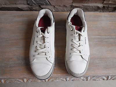 CROCS Men's Golf Shoes, 9 M, White, Soft Spike, Used