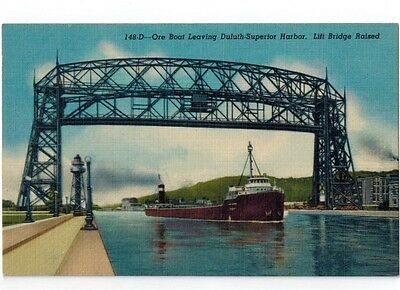 Great Lakes Ship Postcard - Ore Boat / Freighter Leaving Duluth Superior Harbor