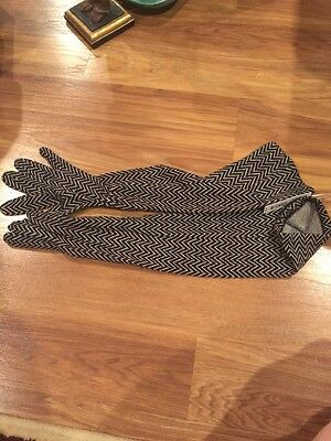 Kohl's New NWT Apt 9 Black White Long Ladies Women's Gloves One Size