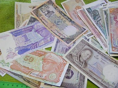 Lot of 50 uncirculated World Banknotes, all diff...Good mix..1960s onward(A).
