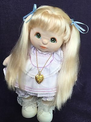 UL In Wonderful Condition ~ Fully Dressed As Seen And With Shoes & necklace