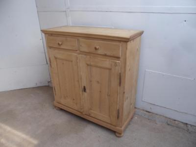 A Lovely Victorian  Antique/Old Pine Small Kitchen Dresser Base to Wax/Paint