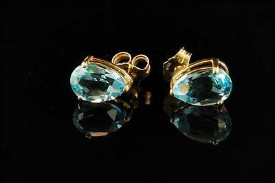 Vintage Natural Blue Aquamarine 14K Gold Stud Earrings