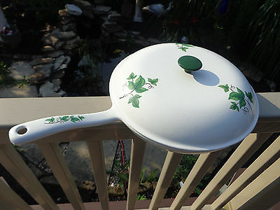 "Vtg Prizer Ware Enamel Over Cast-Iron White w/Green Ivy 11"" Skillet w Lid"