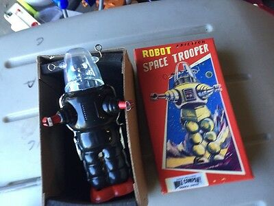 "Robot Space Trooper 7"" Tin Tom Wind Up Friction Tin Robot Toy /2000"