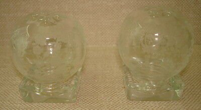 Cambridge Rose Point Small Round Salt/Pepper Shakers In Square Base