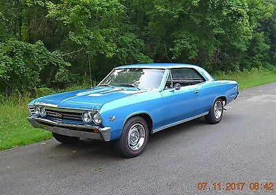 1967 Chevrolet Chevelle 2 DOOR HARDTOP 1967 CHEVELLE SS 396 4SPD REAL SS HIGH QUALITY ROTISSERIE FRAME OFF MARINA BLUE