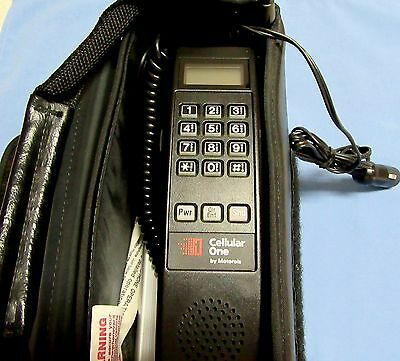 Functional Vintage Motorola Bag Cell Phone Great Condition