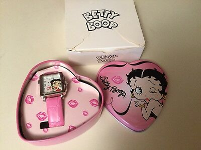 2007 Betty Boop Wrist Watch with Original Pink Leather Band In Heart Tin MIB