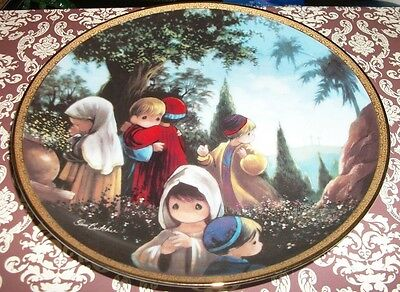 Precious moments bible story plate - The Crucifixion
