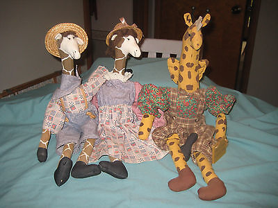 3 Primitive Plush Stuffed Giraffes (House of LLoyd Garth & Gertrude) + Angel