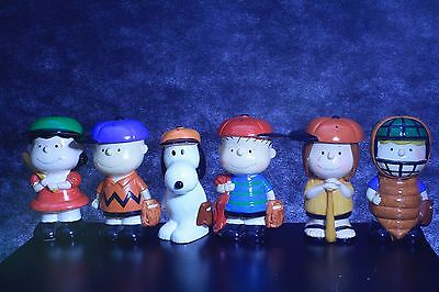 Snoopy Coin Bank sailor lot of 6 vintage 1971 Paper mache Baseball team Linus