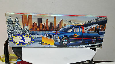 SUNOCO 1996 TOW TRUCK COLLECTORS EDITION No. 3 IN SERIES / NEW !!