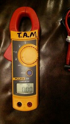 Fluke 322 True RMS Clamp Meter Tester with LEADS