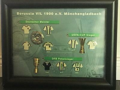 borussia m nchengladbach trikot pins im bilderrahmen. Black Bedroom Furniture Sets. Home Design Ideas