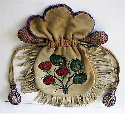 VINTAGE LEATHER MEDICINE BAG/POUCH w/GLASS BEADWORK NATIVE AMERICAN-INDIAN