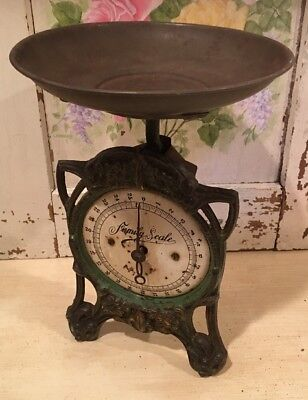 Antique Vintage English Victorian Green Cast Iron Weighing Family Scales w/Pan
