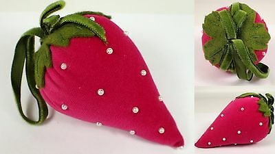 "4"" Vtg Hot Pink Velvet Strawberry Pin Cushion w Faux Pearl Seed Beads Green Felt"