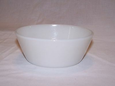 Federal Small White Dish