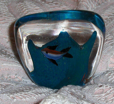 Aqua Teal Nautical Paperweight Fish In Ocean Diamond Shaped Art Glass Figurine