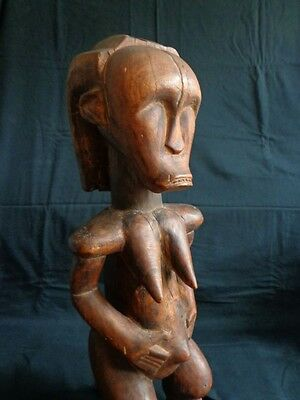 Expressive Female Figure Statue of the FANG Byeri Gabon Cameroon