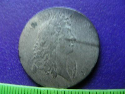France Silver Jeton Louis XIV,worn,scratched.25mm.