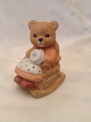 Homco Figurine Bear Teddy Mother Grandmother Rocking Chair Bisque Porcelain 1470