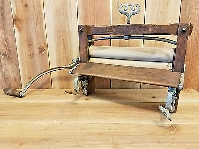 Vintage Lovell #32 Wooden Clothes Wringer