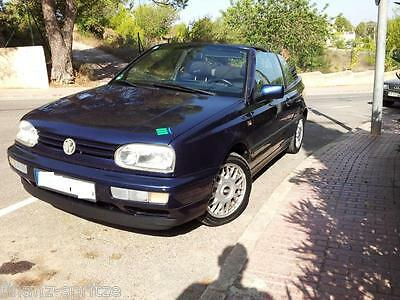 Golf Cabrio 2,0 /116 Ps, Scheckheftgepf. Alu, Color, Youngtimer, steht in Ibiza