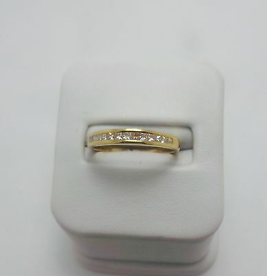 18Ct Yellow Gold Diamond Wedding Band Ring Valued @$1264 Comes With Valuation