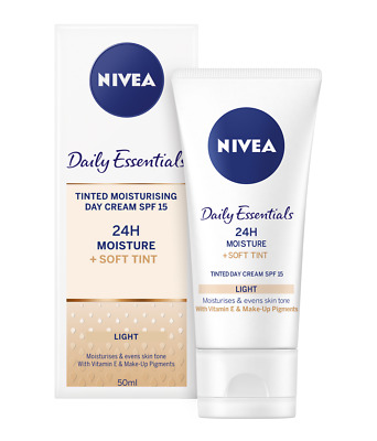 Nivea Daily Essentials Tinted Moisturising Day Cream Natural SPF 15 (50ml)
