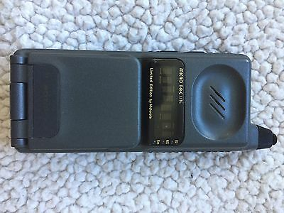 MOTOROLA MICRO T•A•C LITE Limited Edition Cell Phone