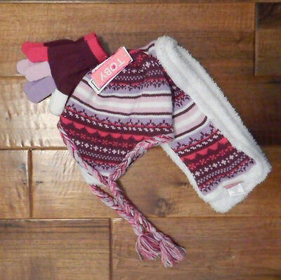 New Little Girls Winter Hat, Gloves, Scarf set Purple/pink size small 4-8 years