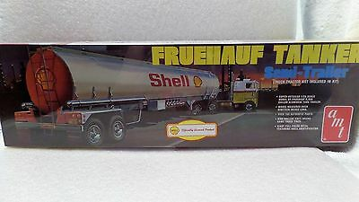 Shell Fruehauf Tanker Trailer - AMT 1:25 scale Model Kit AMT918/06