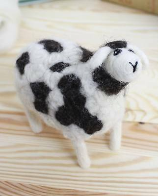 Hawthorn Handmade Jacob Sheep needle felting kit & pattern – SPECIAL OFFER!
