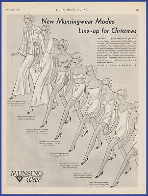Vintage 1931 MUNSINGWEAR Lingerie Women's Fashion Holiday Print Ad 30's