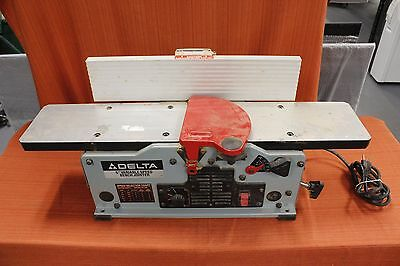 """(MA2) Delta 37-070 10A 6"""" Variable Speed Corded Bench Jointer"""