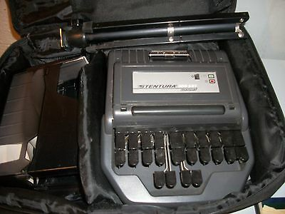 Stentura 200 SRT manual stenography machine with case , manual and accessory