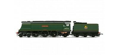 Hornby R3445, BR 4-6-2 'Camelford' '34032' West Country Class - BR Early - Air S