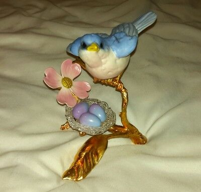 Vintage Old Antique Porcelain Mother Bluebird Bird Guarding Nest with Eggs Stand