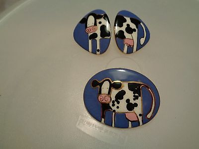 artist made humorous COW ceramic pin/ earring set gotta see front & back half