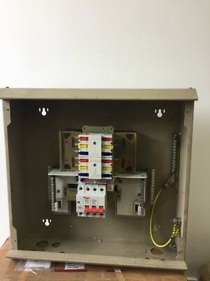 Wylex Nhtn Mr Way A Meter Ready L further Schematic Bsymbols Bfor B mon Belectronics Band Belectrical B ponents further  further Large besides No Door Cover Merlin Gerin Way Phase Distribution Board. on 12 volt electric distribution board