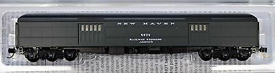 N Scale - MICRO-TRAINS LINE 147 00 100 NEW HAVEN 70' Heavyweight Baggage # 5575