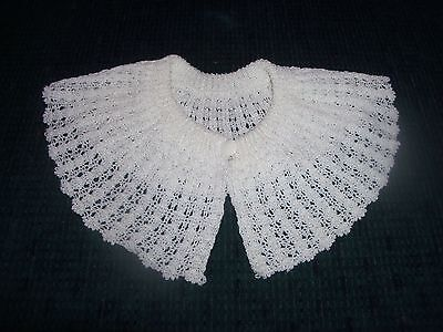 Large Vintage White Collar with Button - Yarn
