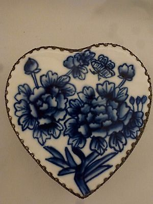 Chinese Porcelain Shard Heart Shape Blue and White Floral Jewelry Trinket Box